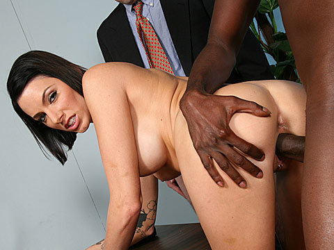 4 Julez Ventura goes black in front of a small dicked cuckold